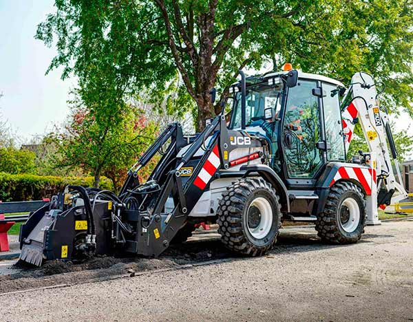 Retrocargadora JCB 3CX Compact Highways Master